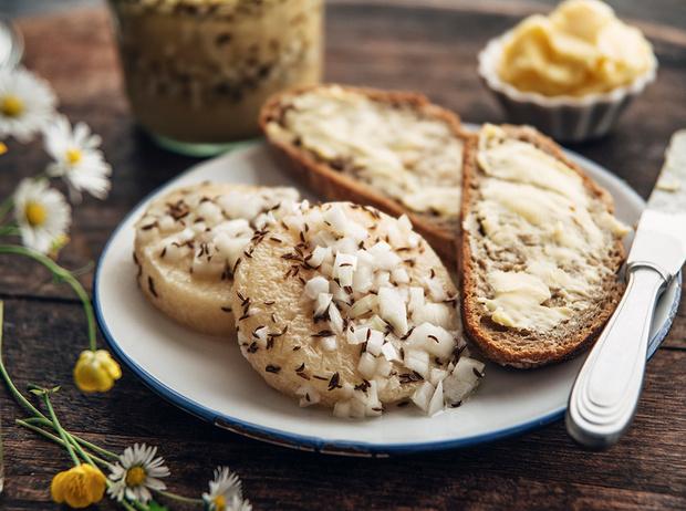Фото №1 - 8 диетических продуктов, провоцирующих переедание