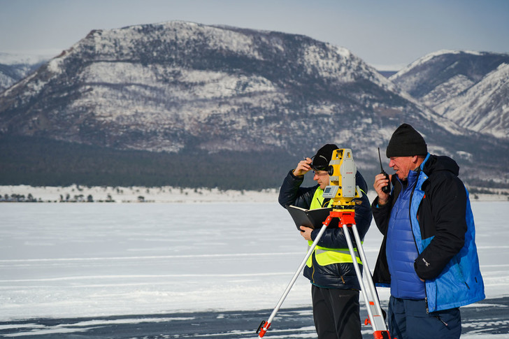 Фото №4 - По толстому льду: как прошли «Байкальская миля» и «Дни скорости на льду Байкала»