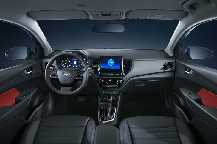 Фото №3 - В Питере представили новый Hyundai Solaris