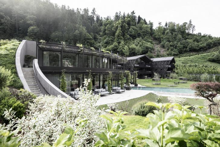 Фото №2 - Отель в горах по проекту студии Noa