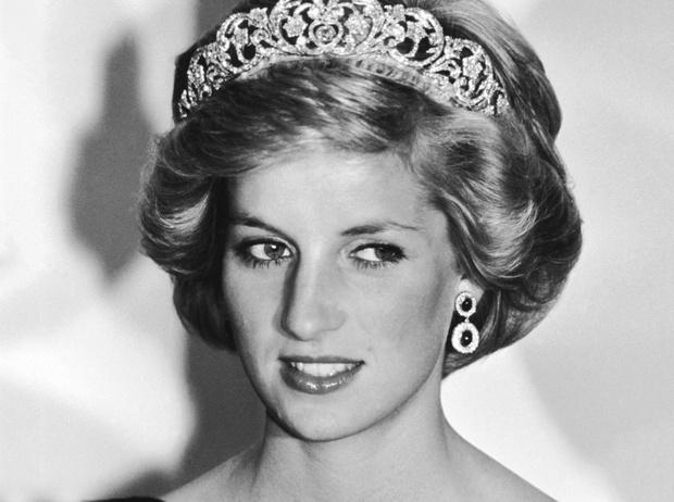 Фото №1 - Принцесса Диана: история в фотографиях