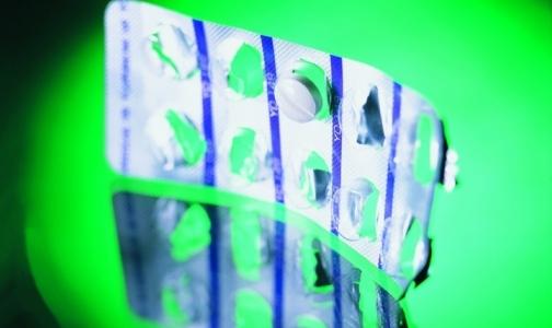 Фото №1 - В июне россияне чаще покупали в аптеках сердечные препараты и «Виагру»