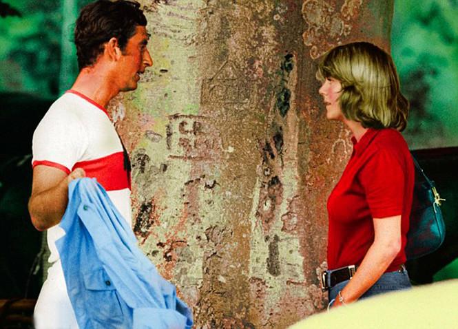 Фото №2 - Любовь сквозь годы: 20 самых трогательных фото принца Чарльза и герцогини Камиллы