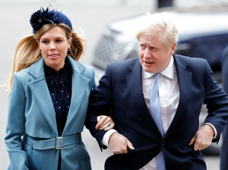 Фото №1 - Сходство налицо: что общего у помолвочных колец Кэрри Симондс и герцогини Кейт
