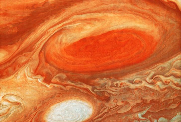 Фото №1 - «Юнона» впервые пролетит над Большим Красным Пятном Юпитера