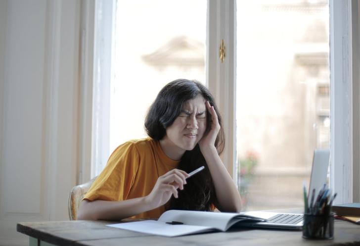 Невролог Синельников назвал 4 опасных осложнения мигрени