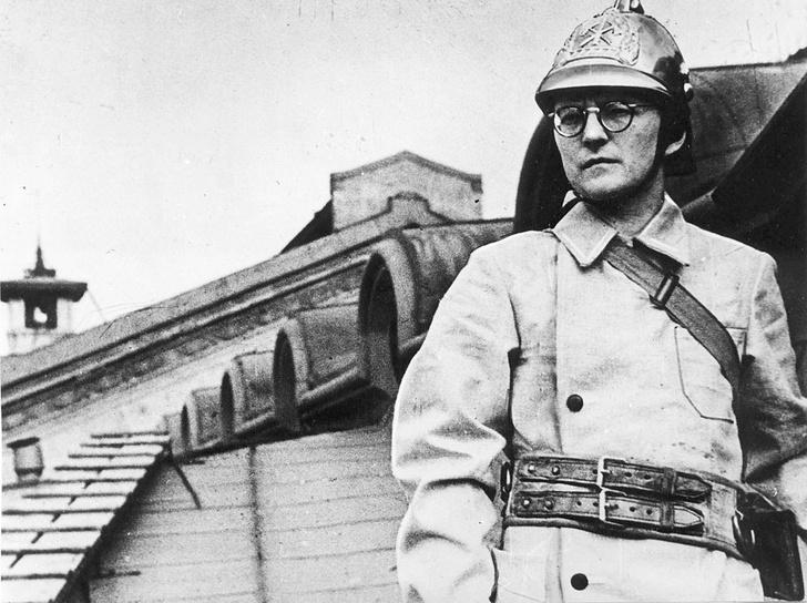 Фото №10 - Футбольный фанат, пожарный-доброволец, композитор, чиновник: 10 мифов о Дмитрии Шостаковиче