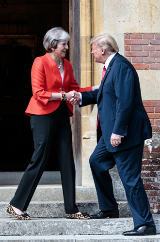 Фото №19 - Тереза Мэй: модная дипломатия и уникальный стиль главы Великобритании