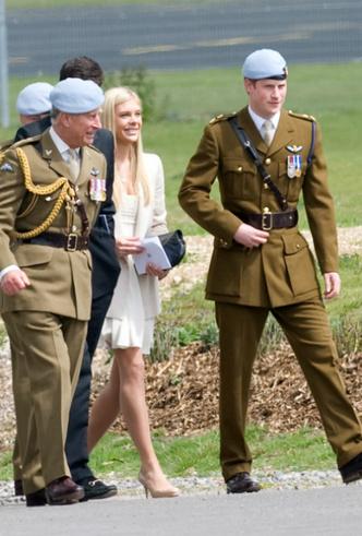 Фото №3 - Опасная дружба: зачем принц Гарри встречался с бывшей девушкой во время визита в Лондон