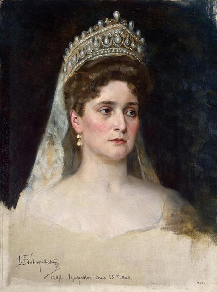 Фото №1 - За что любили и ненавидели последнюю российскую императрицу Александру Федоровну