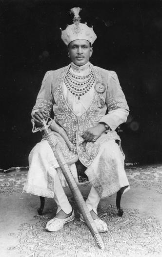 Фото №6 - Сокровища индийских князей: как выглядят самые роскошные украшения махараджей