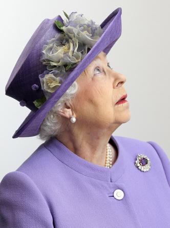 Фото №10 - Самый мистический камень: лучшие выходы королевских особ в аметистах
