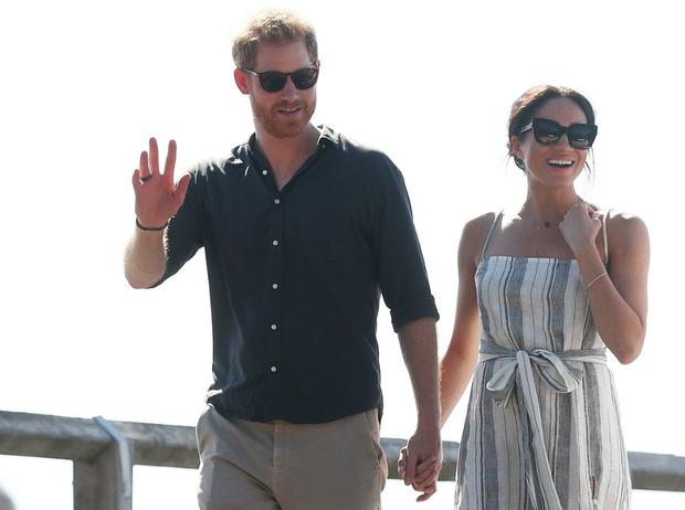 Фото №2 - Проверка чувств: как переезд и карантин изменили отношения Гарри и Меган