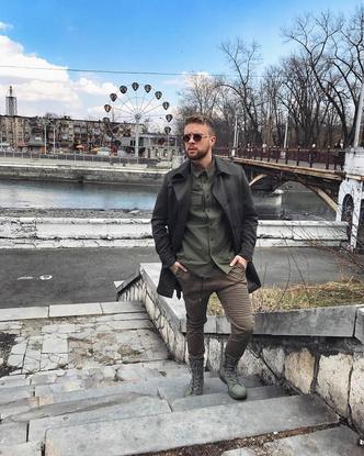Фото №1 - Звездный десант: 10 стильных парней России
