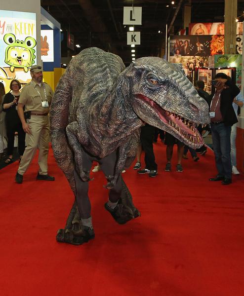к чему снится динозавр