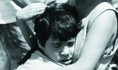 Фото №1 - Роддомам запретят советовать родителям отказываться от детей-инвалидов