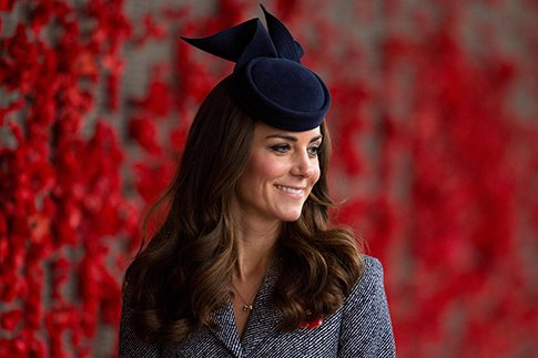 Фото №2 - Проект «Кейт Миддлтон»: кому нужна идеальная герцогиня