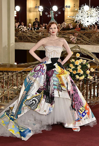 Фото №5 - Только топ-модели: Эшли Грэм, Наоми Кэмпбелл и другие на показе Dolce & Gabbana Alta Moda