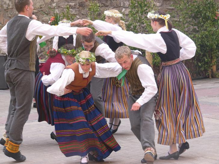 Фото №10 - Во славу Солнца: как отмечают день летнего солнцестояния в Латвии