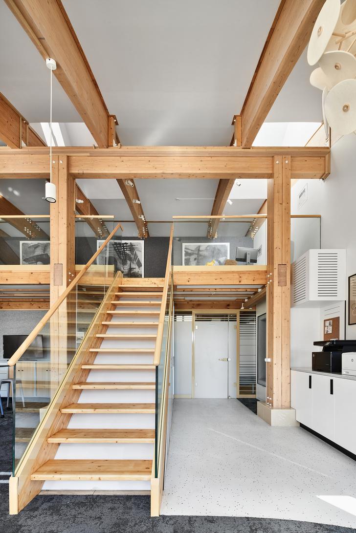 Фото №5 - Уютный офис в скандинавском стиле с верандой в Петербурге