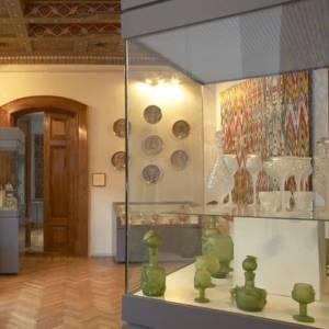 Фото №1 - Музеи теряют свои богатства