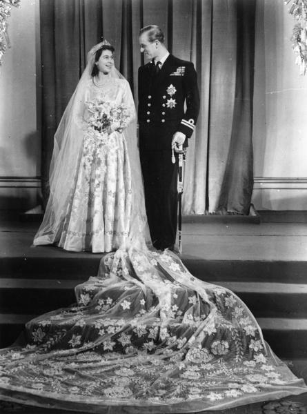 Фото №2 - Самые красивые королевские свадьбы со всего мира 💍