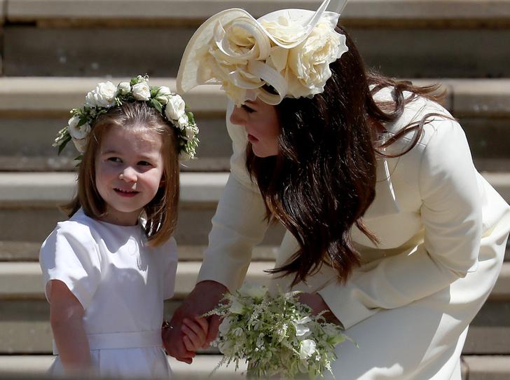 Фото №1 - Герцогиня Кейт тайно сводила принцессу Шарлотту в театр