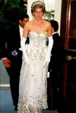 Фото №55 - Как Кейт Миддлтон вдохновляется стилем принцессы Дианы (и, главное, зачем?)