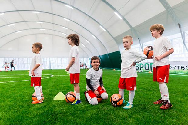 Фото №2 - Юных футболистов будут тренировать голландские специалисты
