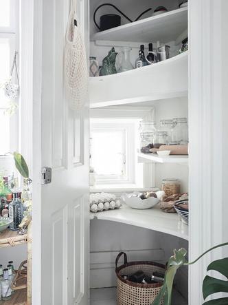 Фото №15 - Уютная скандинавская квартира с микро-спальней в Гетеборге