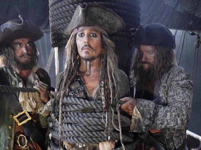 Фото №3 - Орландо Блум снимется в пятых «Пиратах Карибского моря»