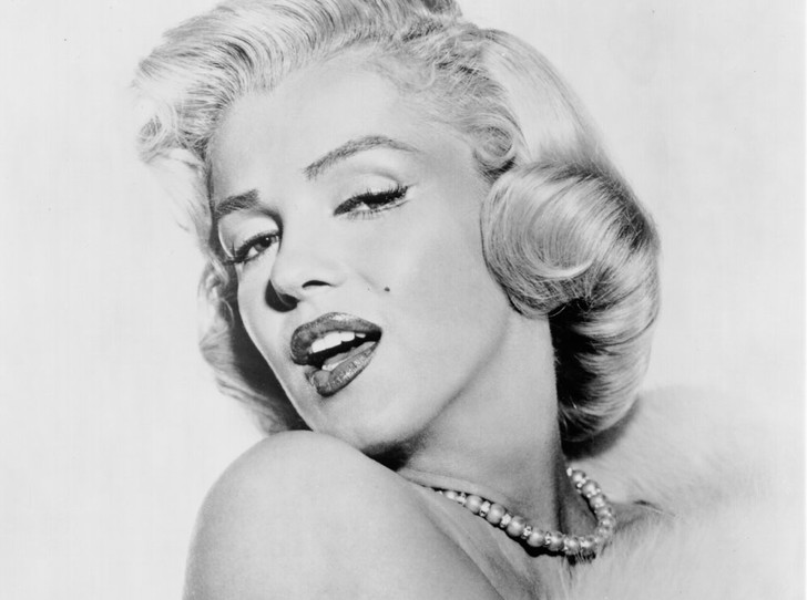 Фото №5 - Драгоценности Мэрилин Монро: что кинодива носила в жизни и на экране