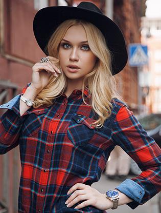 Фото №3 - Российские It-girls и блогеры снялись в лукбуке Lee®