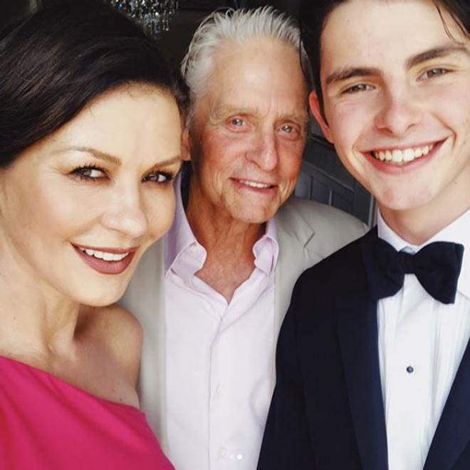 Почему весь мир говорит о сыне Майкла Дугласа и Кэтрин Зеты-Джонс? (фото 1.2)