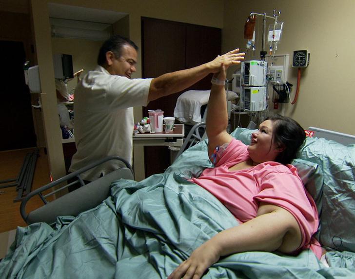 Фото №1 - Похудела на 408 кг и бросила мужа: как сейчас живет самая толстая женщина в мире?