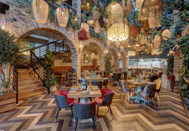 Фото №1 - Ресторан «Шеф Амазония bar & club»: турецкие страсти с итальянской перчинкой