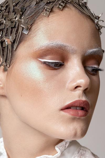 Фото №8 - Новогодний макияж: 3 волшебных образа в стиле сказки о Щелкунчике