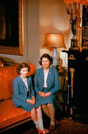 Фото №11 - Королева Елизавета II: история в фотографиях