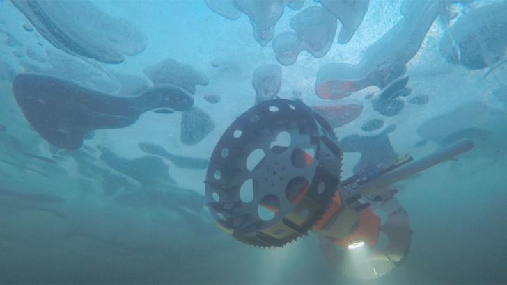 Фото №1 - НАСА тестирует робота для поиска жизни в океанах ледяных лун