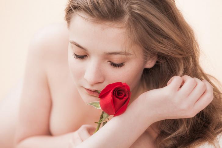 Фото №2 - Продавай честь смолоду? Все о девушках, которые выставляли свою невинность на торги