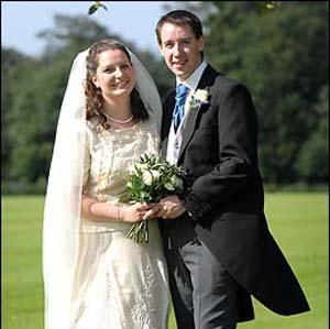 Фото №1 - Свадебное платье сроком службы 100 лет