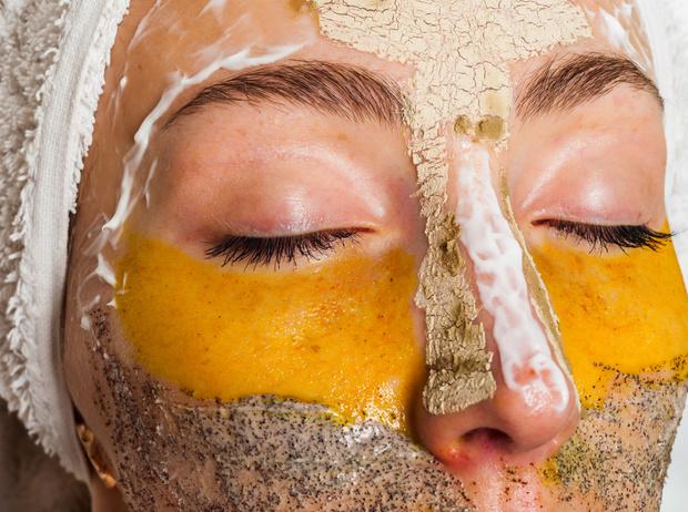 Фото №4 - 5 рецептов масок для лица, которые можно делать дома