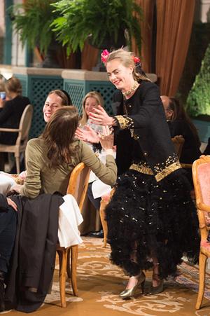 Фото №8 - Показ Chanel Métiers d'Art: возвращение эпохи женственности