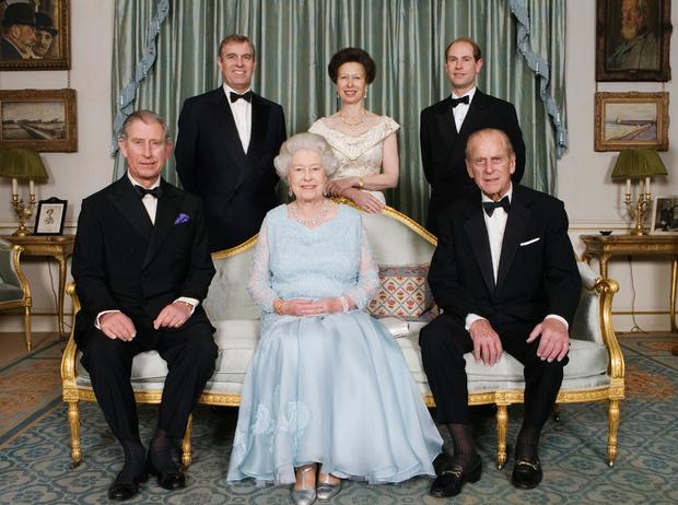 Фото №15 - Какой матерью Елизавета II была для своих детей