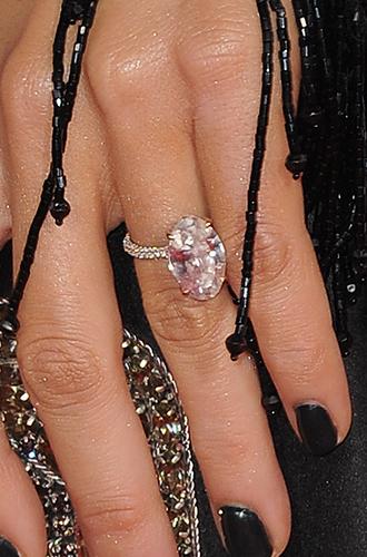 Фото №16 - Цветные бриллианты: почему все сходят по ним с ума