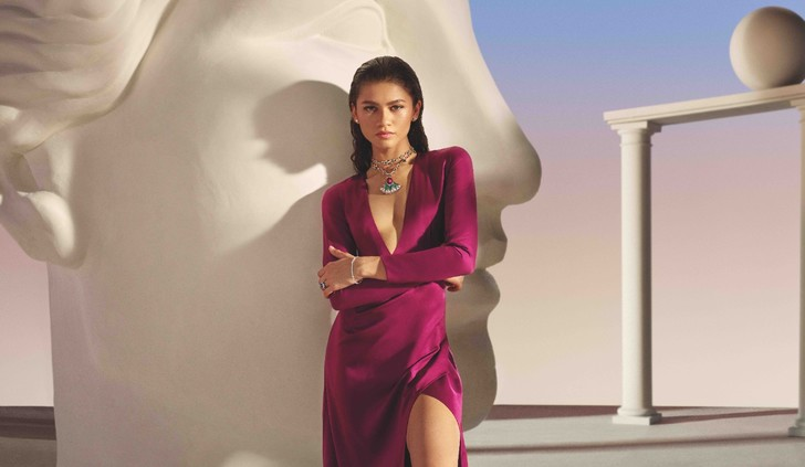 Фото №2 - Прекрасные музы Лиза Олдридж, Виттория Черетти, Зендая и ЛИСА в рекламной кампании Bvlgari Magnifica
