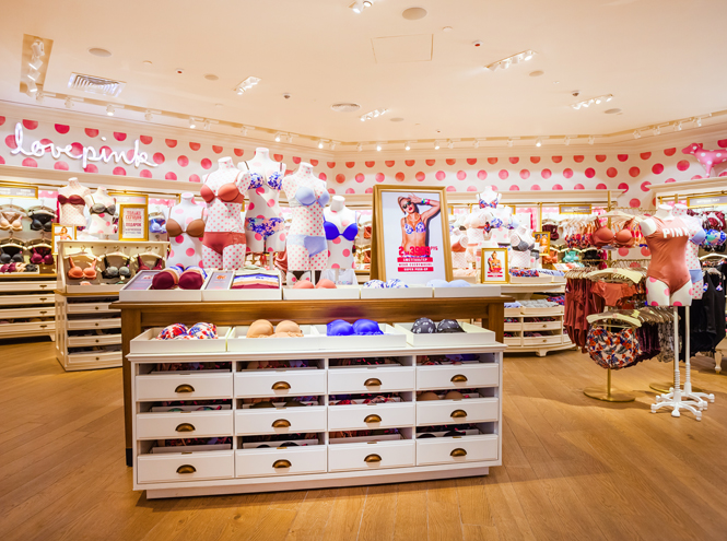Фото №2 - Открытие второго московского магазина Victoria's Secret