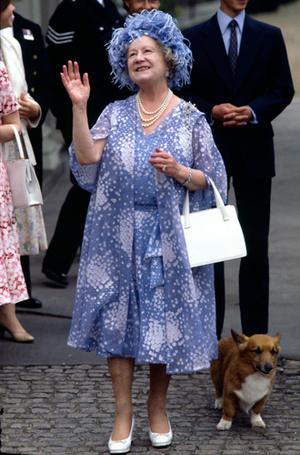 Фото №6 - Держи за ручку: любимые сумки принцесс и королев снова в тренде