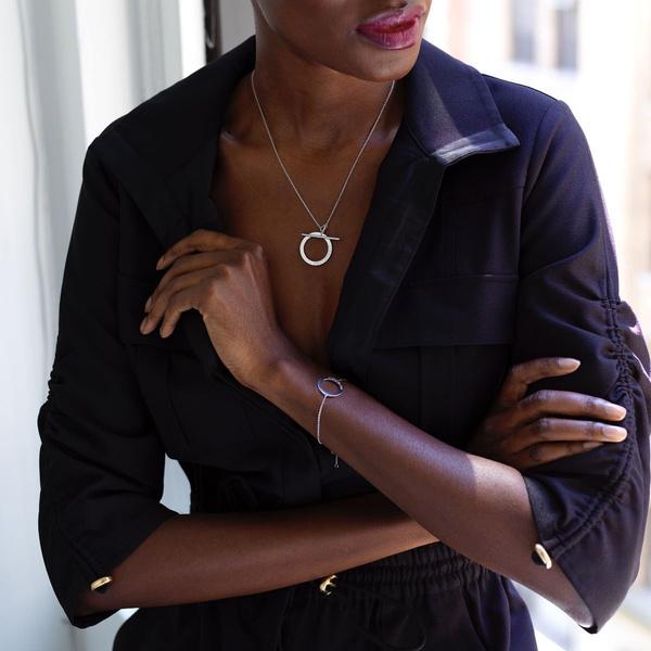 Фото №1 - Серена Уильямс основала ювелирный бренд и выпустила особую коллекцию украшений
