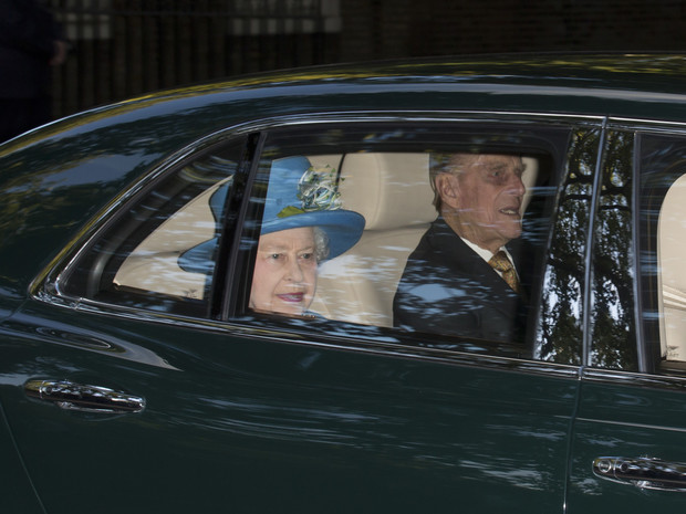 Фото №4 - Почему на крестинах Джорджа не присутствовал никто из Виндзоров (кроме Елизаветы и Чарльза)
